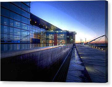 Tempe Center For The Arts Canvas Print by Kelly Gibson
