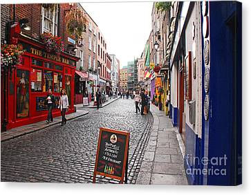 Canvas Print featuring the photograph Temple Bar by Mary Carol Story