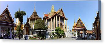 Temple Of The Emerald Buddha - Grand Palace In Bangkok Thailand - 01134 Canvas Print by DC Photographer