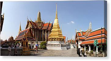 Temple Of The Emerald Buddha - Grand Palace In Bangkok Thailand - 01135 Canvas Print