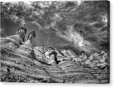 Canvas Print featuring the photograph Tent Rocks No. 1 Bw by Dave Garner