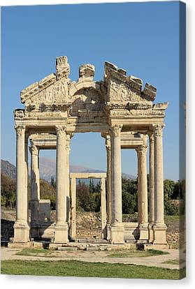 Tetrapylon At Aphrodisias Canvas Print by David Parker