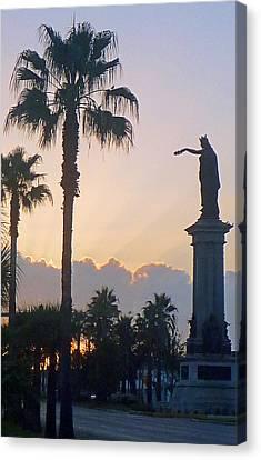 Texas Heros Monument - Galveston Canvas Print