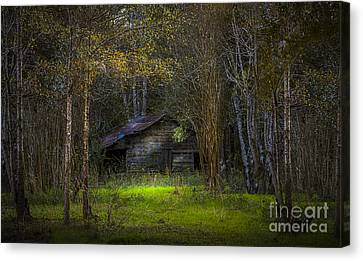 That Old Barn Canvas Print by Marvin Spates