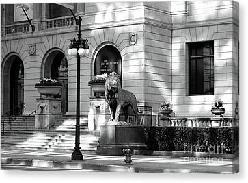 The Art Institute Of Chicago Canvas Print by John Rizzuto