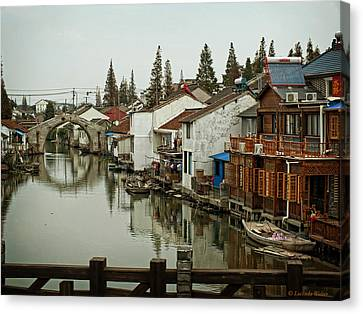 Canvas Print featuring the photograph The Asian Venice  by Lucinda Walter