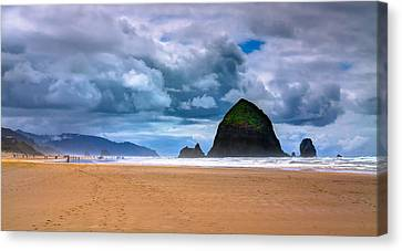 The Beautiful Cannon Beach Canvas Print by David Patterson