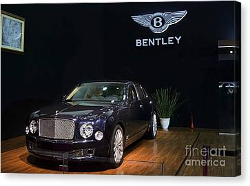 Canvas Print featuring the photograph The Bentley Mulsanne Mulliner by Mohamed Elkhamisy