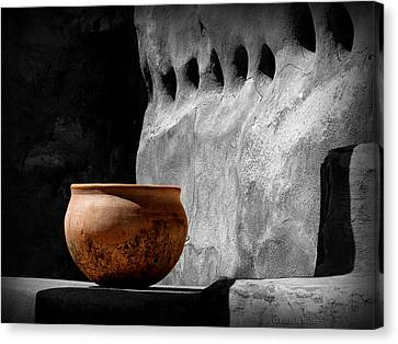 Canvas Print featuring the photograph The Bowl by Lucinda Walter