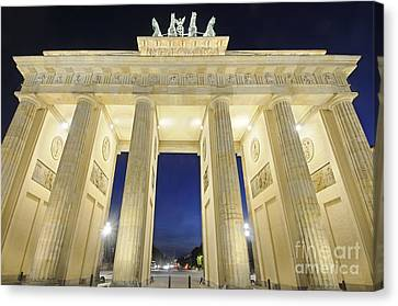 The Brandenburg Gate At Night Canvas Print