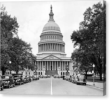 The Capitol Building Canvas Print by Underwood Archives