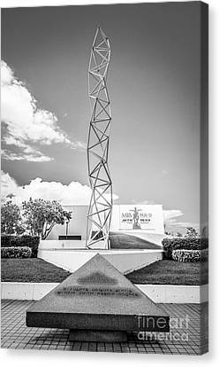 The Challenger Memorial 2 - Bayfront Park - Miami - Black And White Canvas Print by Ian Monk