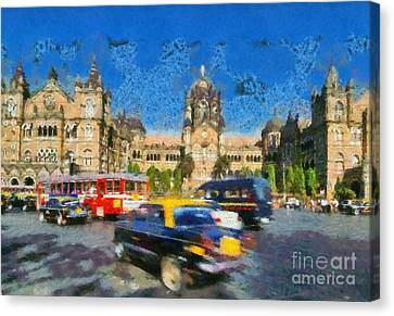 The Chatrapathi Station In Mumbai Canvas Print