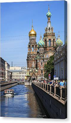 The Church Of Our Savior On Spilled Blood - Russia Canvas Print by Madeline Ellis