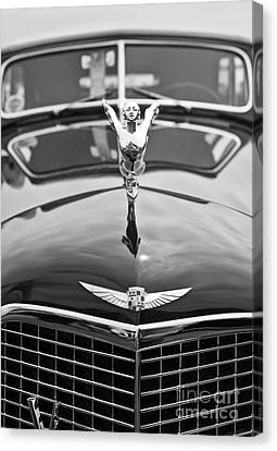 The Classic Cadillac Car At The Concours D Elegance. Canvas Print by Jamie Pham