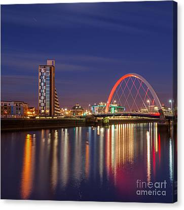 The Clyde Arc  Canvas Print by John Farnan