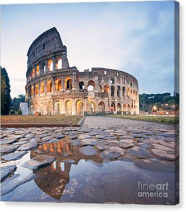The Colosseum At Sunrise Rome Italy Canvas Print by Matteo Colombo