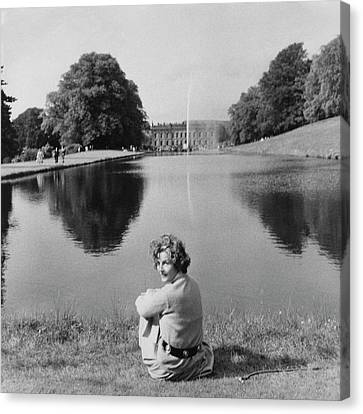 The Duchess Of Devonshire At Devonshire Palace Canvas Print by Cecil Beaton