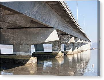 The Dumbarton Bridge In The South Bay Area California 5dimg2638 Canvas Print by Wingsdomain Art and Photography