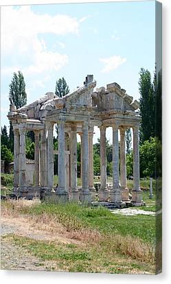 The Four Roman Columns Of The Ceremonial Gateway  Canvas Print by Tracey Harrington-Simpson