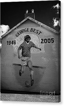 The George Best Memorial Mural On The Lower Cregagh Road In Belfast Northern Ireland Canvas Print by Joe Fox