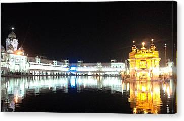 The Golden Temple Canvas Print by Jyoti Vats