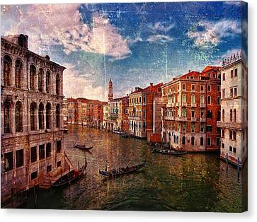 The Grand Canal Venice Italy Canvas Print by Suzanne Powers