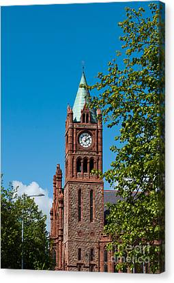 The Guildhall Canvas Print by Luis Alvarenga