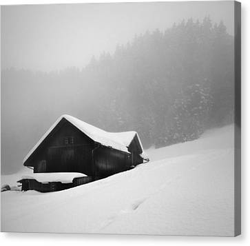 Canvas Print featuring the photograph The House In The Mountain by Antonio Jorge Nunes