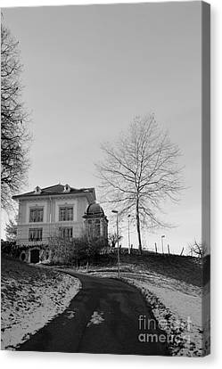 Canvas Print featuring the photograph The House On The Hill 2 by Felicia Tica