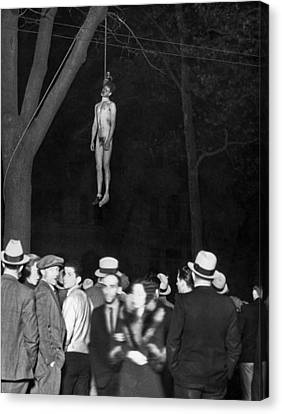 The Lynching Of A Murderer Canvas Print by Underwood Archives
