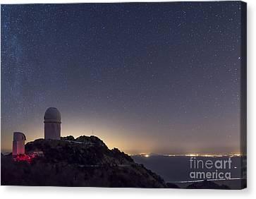 The Mayall Observatory At Kitt Peak Canvas Print by John Davis
