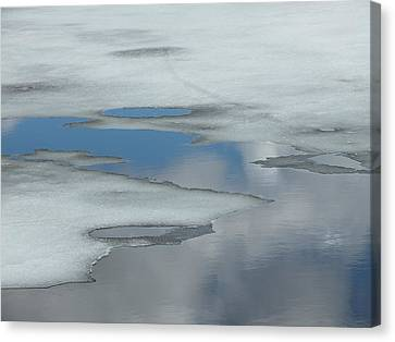 Canvas Print featuring the photograph The Melt by Gene Cyr