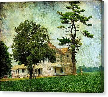 The Old Farm House Canvas Print by Cassie Peters
