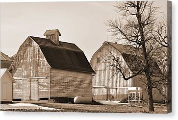 Canvas Print featuring the photograph The Old Farm by Kirt Tisdale