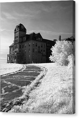 The Old Odd Fellows Home Bw Canvas Print by Luke Moore