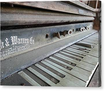 Canvas Print featuring the photograph The Old Piano by Keith Hawley