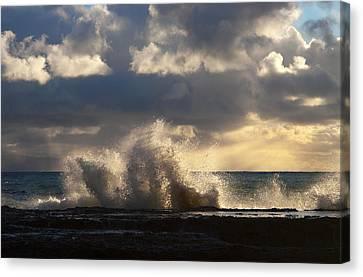 The Pacific Calms Down Canvas Print by Joe Schofield