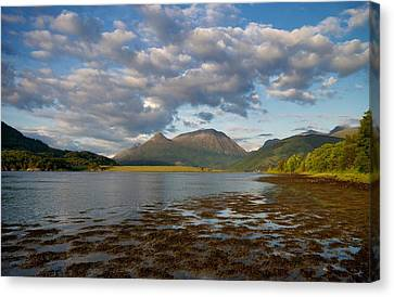 Canvas Print featuring the photograph The Pap Of Glencoe by Stephen Taylor