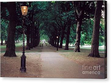 Canvas Print - The Park by Nu Art