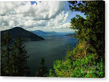 Canvas Print featuring the photograph The Pend Oreille by Sam Rosen