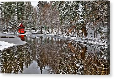 The Red Boathouse In Old Forge Canvas Print by David Patterson