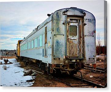 The Roundhouse Evanston Wyoming Dining Car - 1 Canvas Print by Ely Arsha