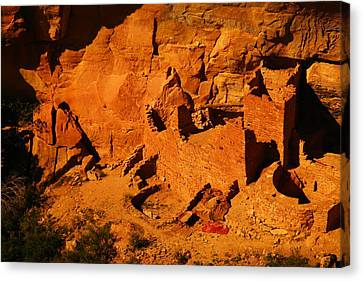 The Ruins In Rock At Mesa Verde Canvas Print
