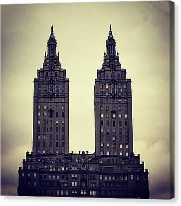 Instagramhub Canvas Print - The San Remo Bldg. - Ny (1930) by Joel Lopez