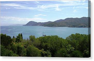 Canvas Print featuring the photograph The Sea Beyond by Giuseppe Epifani