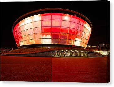 The Sse Hydro In Red Canvas Print by Stephen Taylor