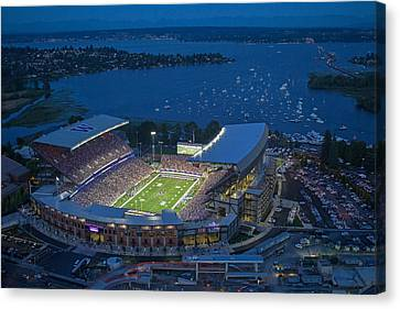 Husky Stadium And The Lake Canvas Print by Max Waugh