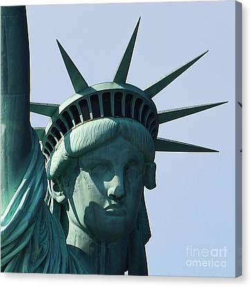 The Statue Of Liberty Canvas Print by Robert Yaeger