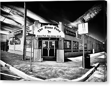 Old Canvas Print - The Stone Pony by John Rizzuto